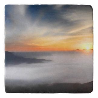日の出の間に日本の山にぼやかして下さい トリベット