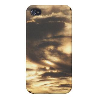 日の出のIPhone金曇らせていた4 Speckの箱 iPhone 4/4Sケース