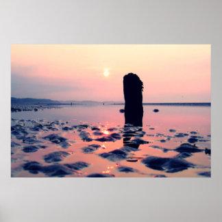 日の出のMurloughのビーチ ポスター