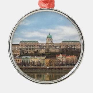 日のBudaの城ハンガリーブダペスト メタルオーナメント