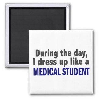 日中私は医学生のように服を着ます マグネット