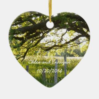 日光および木の名前入りな結婚式 セラミックオーナメント