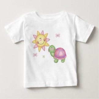 日光の女の子 ベビーTシャツ