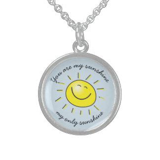 日光の微笑の日曜日の私のネックレスです スターリングシルバーネックレス