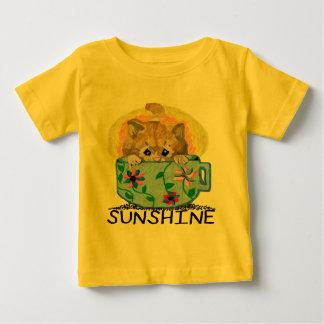 日光子供のTシャツの小さいコップ ベビーTシャツ