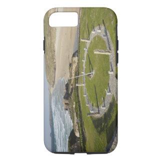 日時計およびPerranのビーチ、Perranporth、コーンウォール、 iPhone 8/7ケース