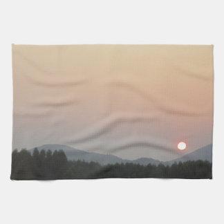 日曜日の上昇の太陽セット キッチンタオル