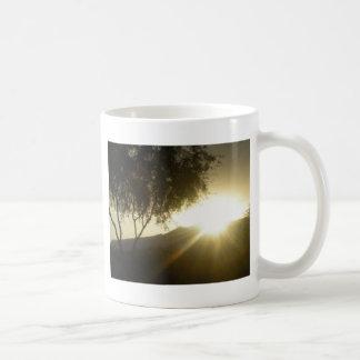 日曜日の上昇 コーヒーマグカップ