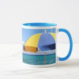 日曜日の下のギリシャの島 マグカップ