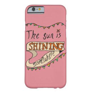 日曜日はどこかに輝くです BARELY THERE iPhone 6 ケース