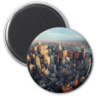 日曜日はニューヨークシティの都市景観の眺めで置いています マグネット