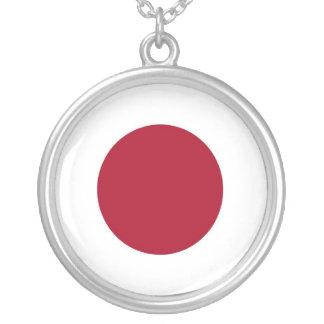 日本のな旗のデザインの円形の銀製のネックレス シルバープレートネックレス