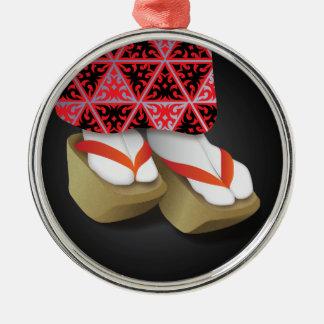 日本のな芸者の木の靴 メタルオーナメント