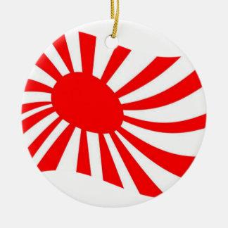 日本人の朝日の振る旗 セラミックオーナメント