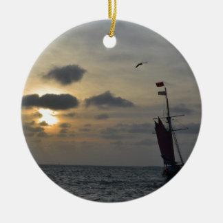 日没に航海 セラミックオーナメント
