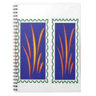 日没のおもしろいのギフトの金草の反射色 ノートブック