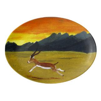 日没のガゼルの野生動物の芸術 磁器大皿