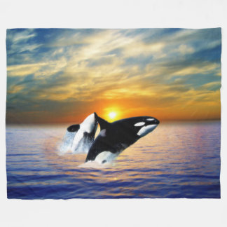 日没のクジラ フリースブランケット