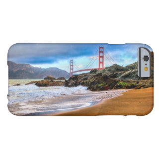 日没のゴールデンゲートブリッジ BARELY THERE iPhone 6 ケース
