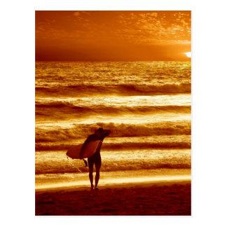 日没のサーファー ポストカード