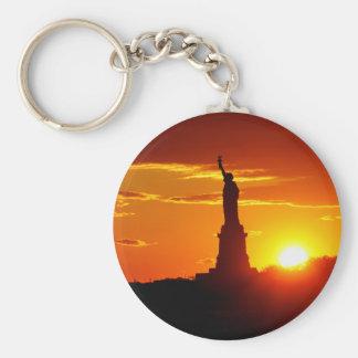 日没のニューヨーク自由の女神 キーホルダー