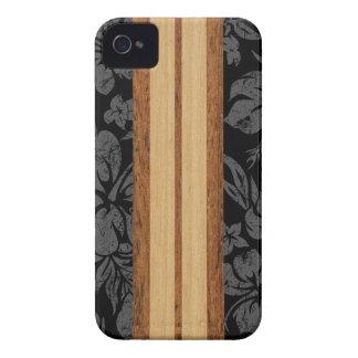 日没のビーチのはっきりしたなハワイのサーフボードのブラックベリー Case-Mate iPhone 4 ケース