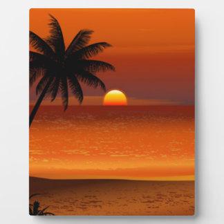 日没のビーチのオアフハワイ北の海岸の郵便はがき フォトプラーク