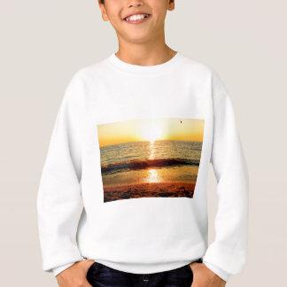 日没のビーチ、Cape May NJ スウェットシャツ
