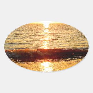 日没のビーチ、Cape May NJ 楕円形シール