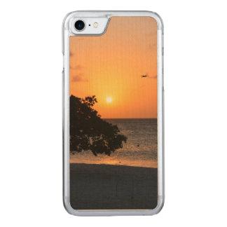 日没のビーチ CARVED iPhone 8/7 ケース