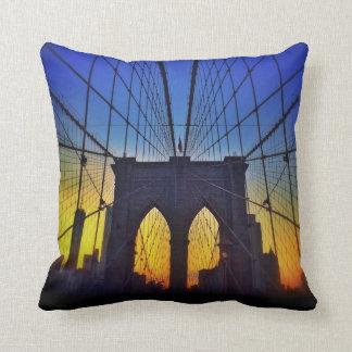 日没のブルックリン橋 クッション