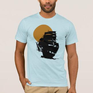 日没の人のTシャツのMayflowerの船の航行 Tシャツ