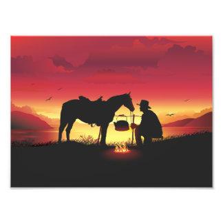 日没の写真のプリントのカウボーイそして馬 フォトプリント