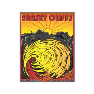 日没の崖のサンディエゴカリフォルニアのサーフィン キャンバスプリント