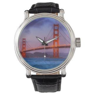 日没の後パン屋のビーチで 腕時計