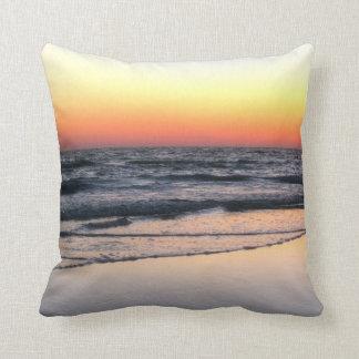 日没の景色の枕のビーチ クッション