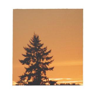 日没の松の木 ノートパッド