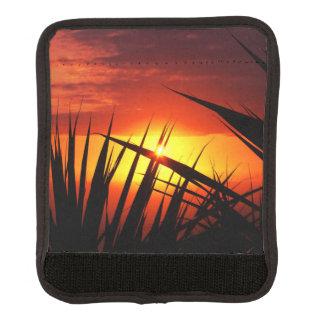 日没の美しい景色葉 ラゲッジ ハンドルラップ