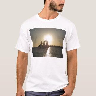 日没の航海 Tシャツ