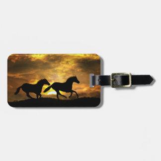 日没の荷物のラベルの連続した馬 ラゲッジタグ