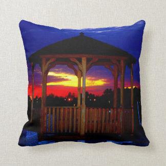 日没の装飾用クッションの望楼 クッション