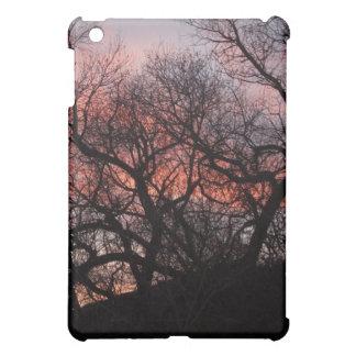 日没の踊りの木の骨組 iPad MINIケース