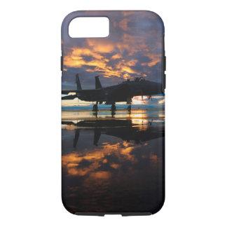 日没の軍隊のギフトの戦闘機の飛行機 iPhone 8/7ケース