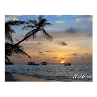 日没の郵便はがきのモルディブ- Kandoluduの島 ポストカード