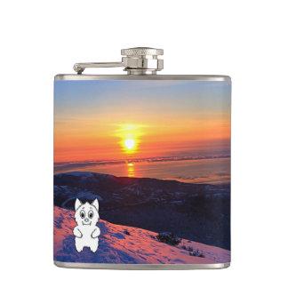 日没の雪の獣はフラスコを見直します フラスク