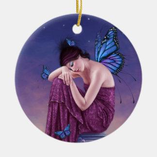 日没の青いマダラチョウの妖精の円形のオーナメント セラミックオーナメント