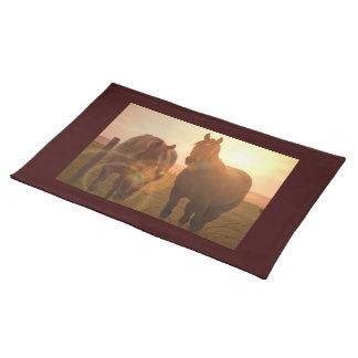 日没の馬のランチョンマット ランチョンマット