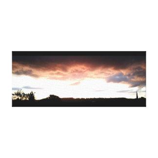 日没の2016年6月のキャンバス1 Ranmore、サリー州、イギリス キャンバスプリント