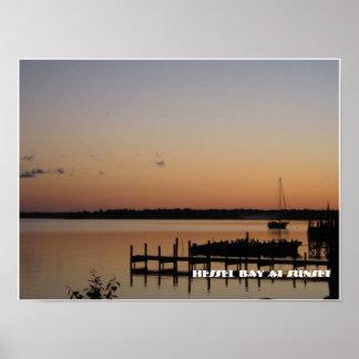 日没のHessel湾 ポスター
