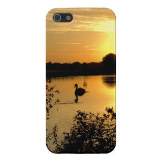 日没のswan湖のオレンジ黄色 iPhone 5 ケース